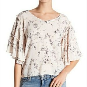 🔥 Melrose and Market Tiered Sleeve Boho Top NWOT